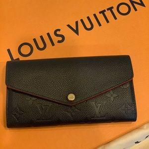Louis Vuitton SARAH WALLET (M62125)